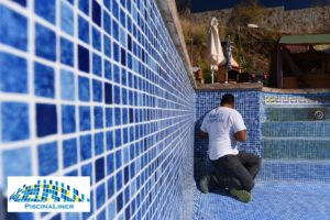 Liner Persia Blue