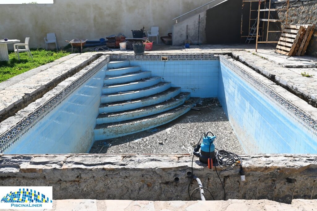 Renovating an derelict pool