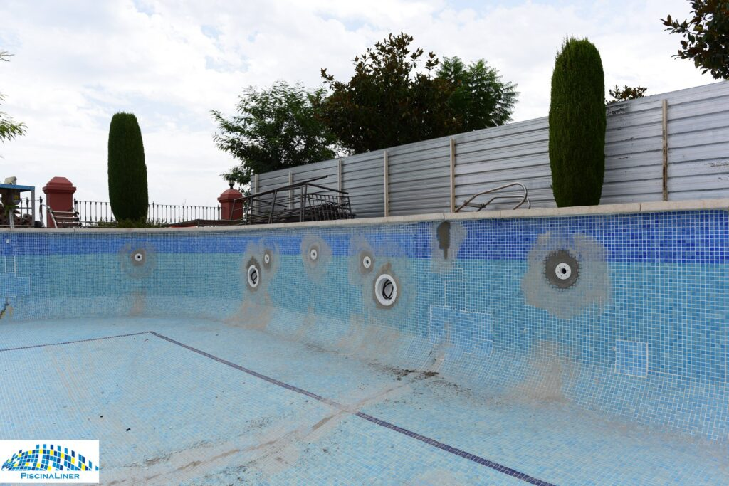 Leaking pool refurbishment, Benahavis