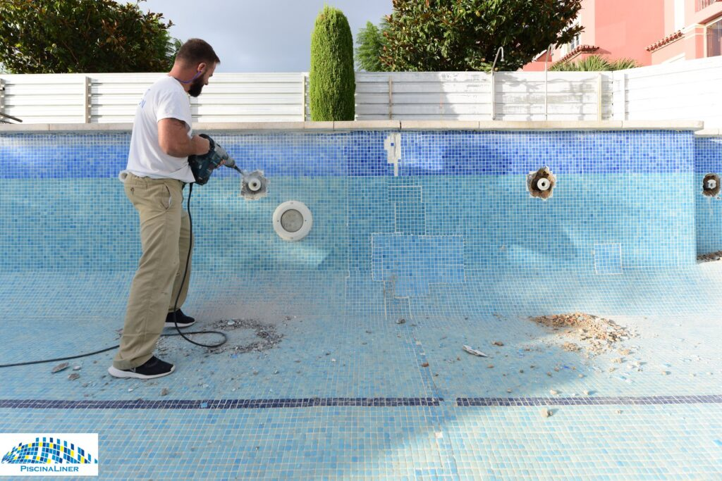 Urbanisation swimming pool repairs, Marbella