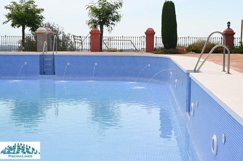 Public pool repairs, Marbella