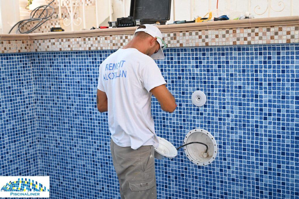 Repairs to leaking pool, Torreblanca