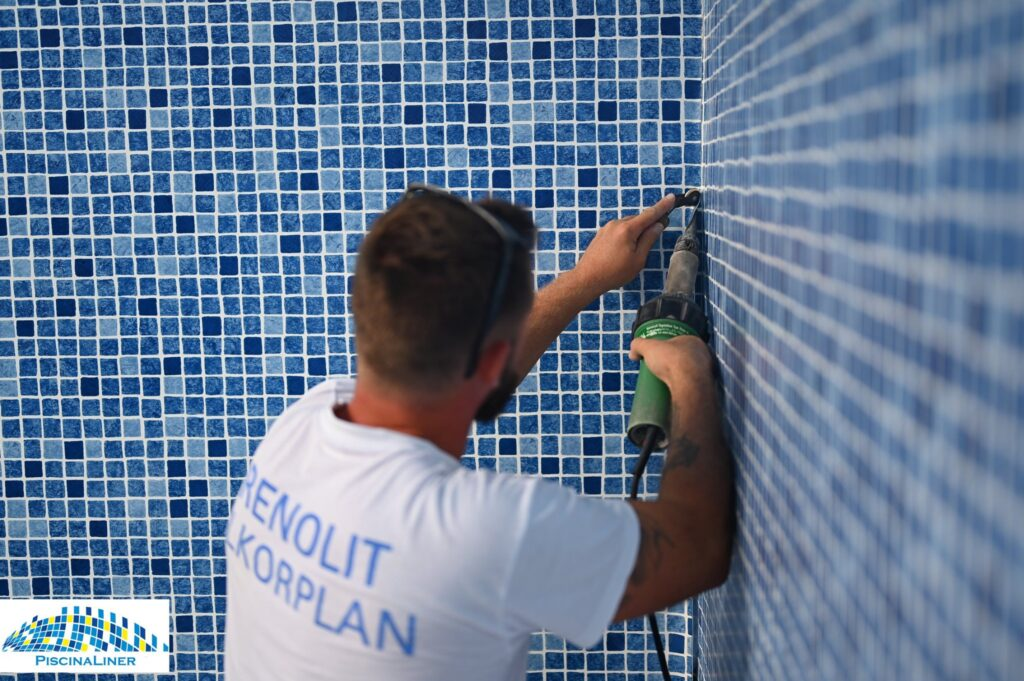 Reinforced swimming pool membrane, Malaga