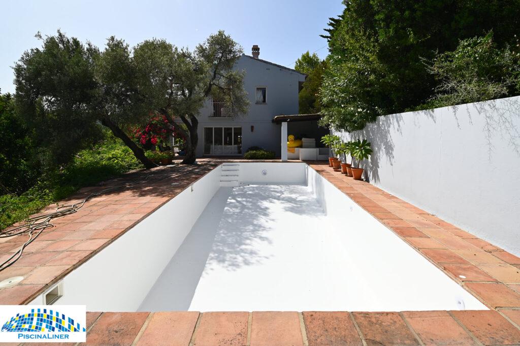 White Renolit Pool Liner