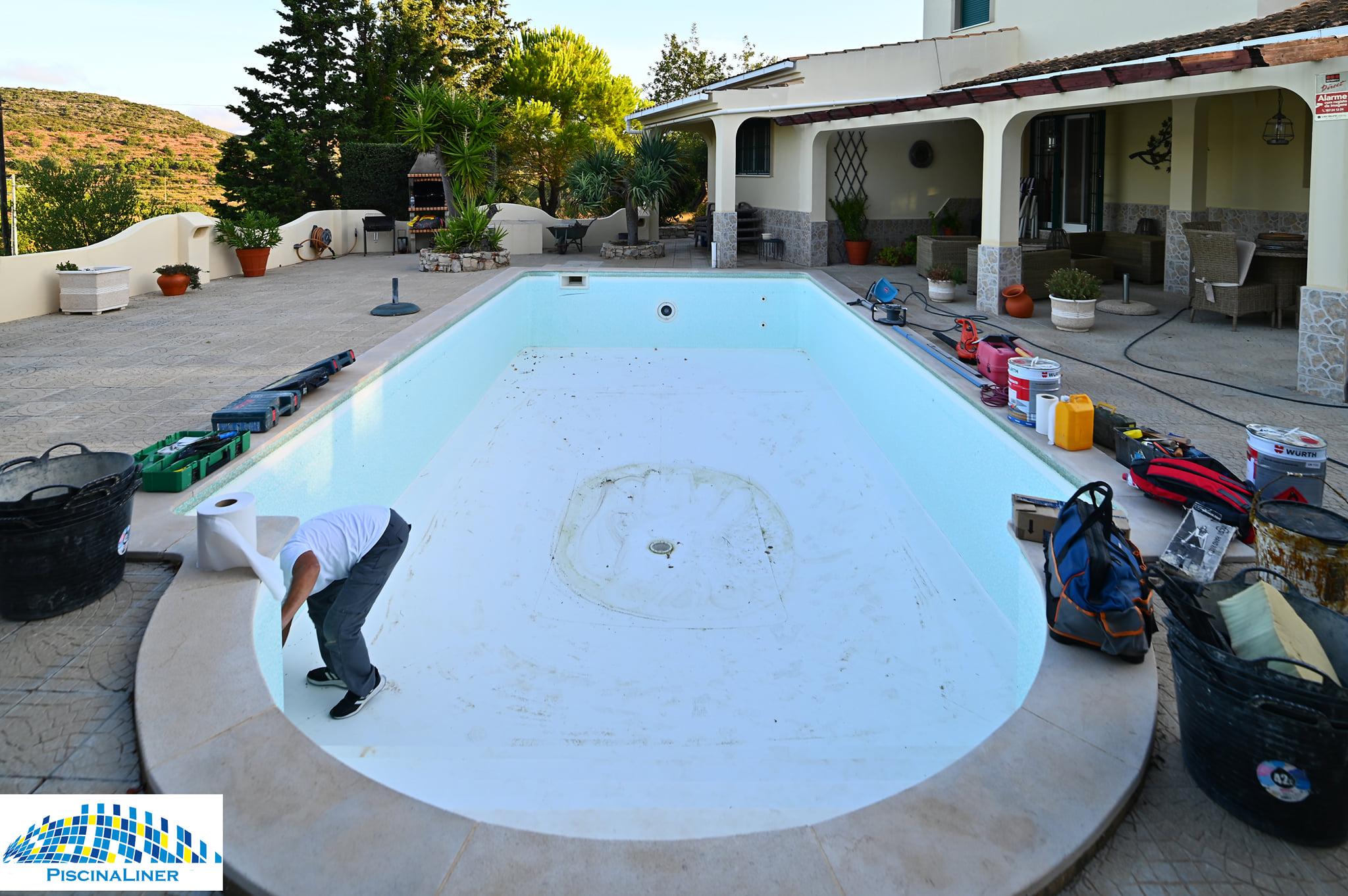 Replacing 30 year old pool liner