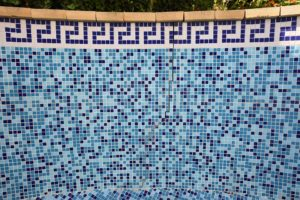 Como reperar piscina agrietada?
