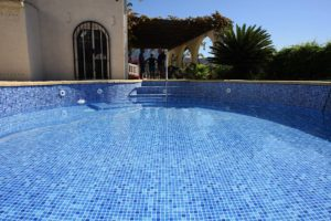 Finished pool membrane