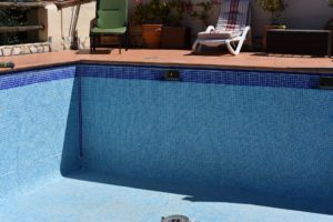 Leaking Pool, Mojacar