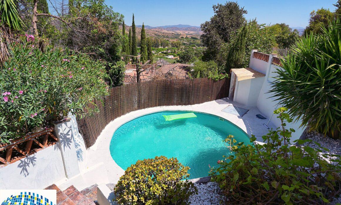 Swimming pool renovation, Coin, Malaga