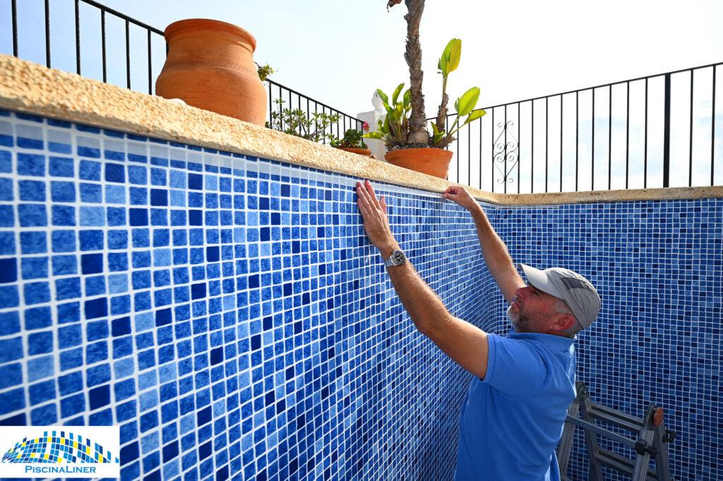 Renolit reinforced pool membrane