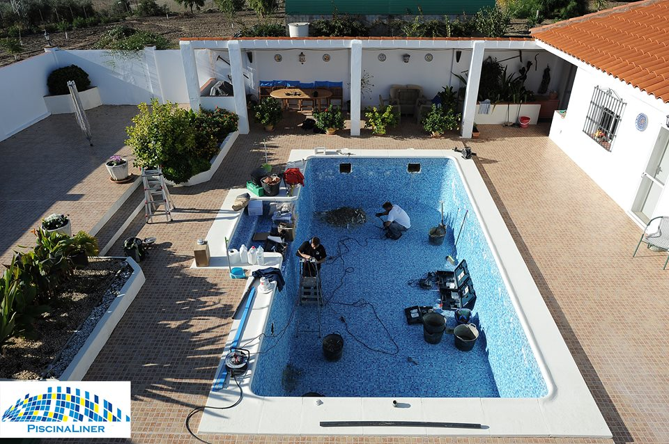 Swimming pool refurbishment, Cadiz