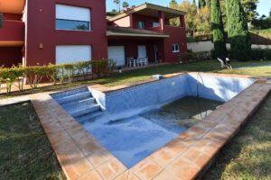 Cracked, Leaking Pool, Sotogrande