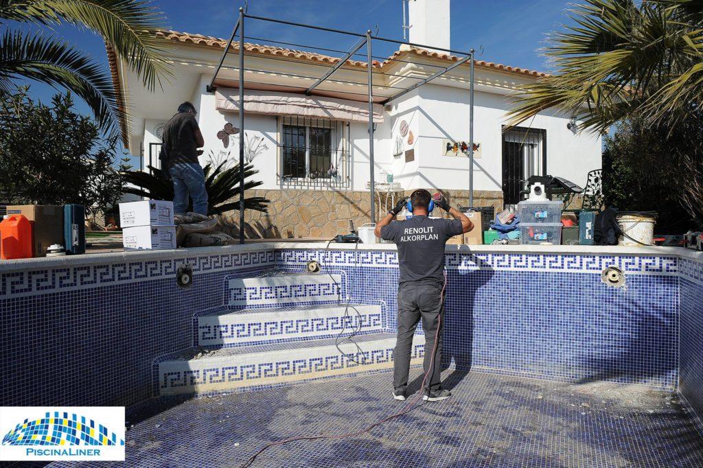 Pool refurbishment and leak repair