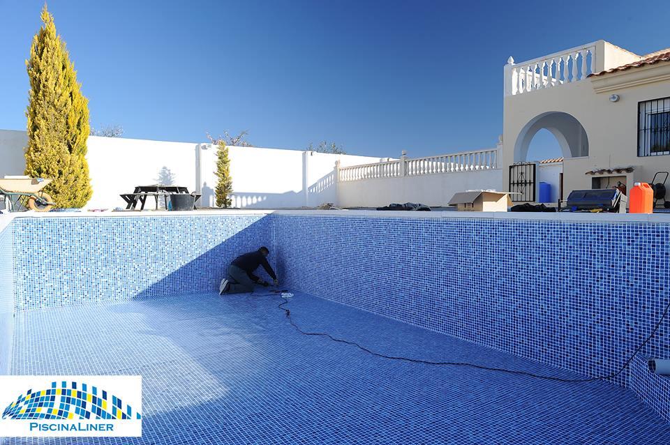 Installation Renolit Reinforced Pool Liner
