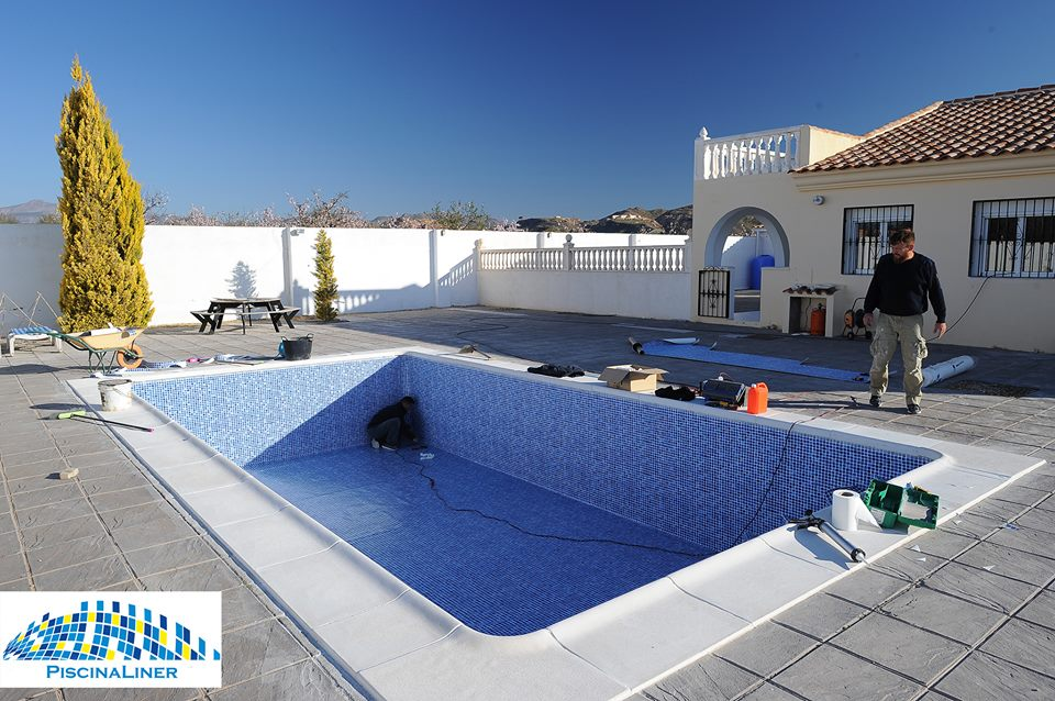 Replacement swimming pool liner, Almeria