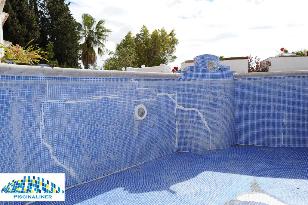 Structural leaks with swimming pool