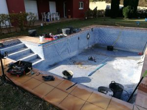 Installation of AlkorPlan Pool Lining