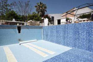 Reinforced pool lining, Algarve