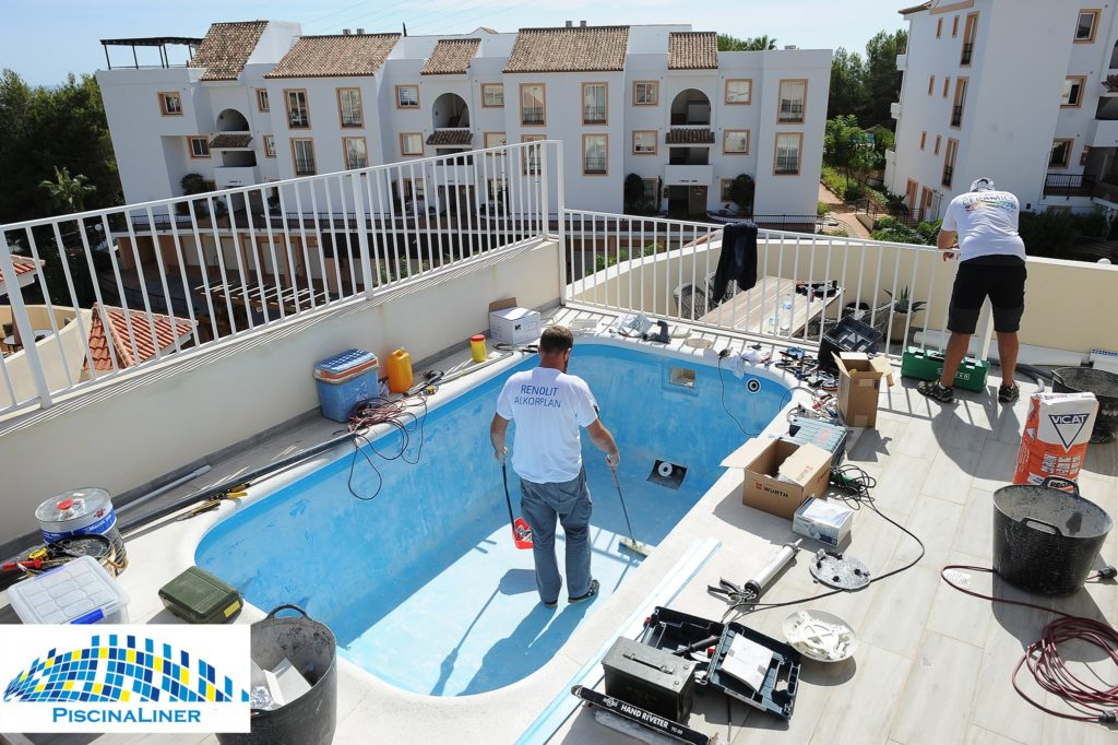 Penthouse Fibreglass pool repairs