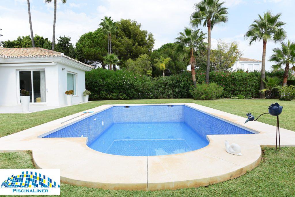 Cracked leaking pool repair, Marbella