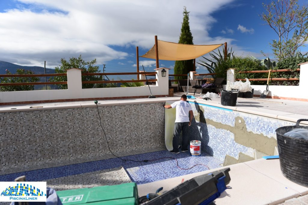 Granada Swimming Pool Installers