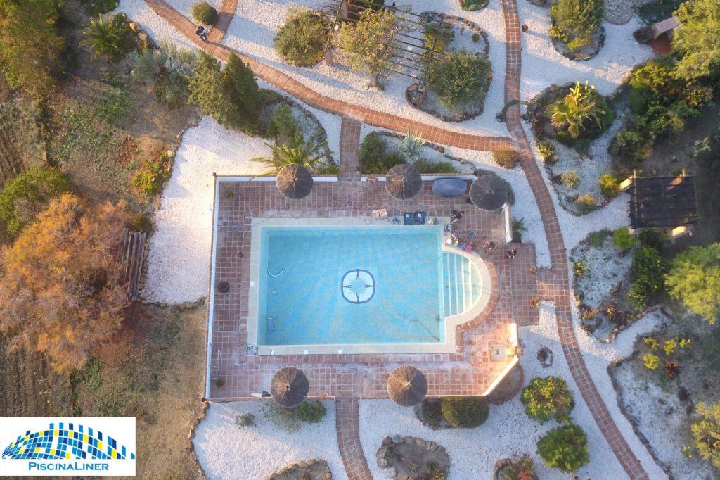 Alora pool repairs