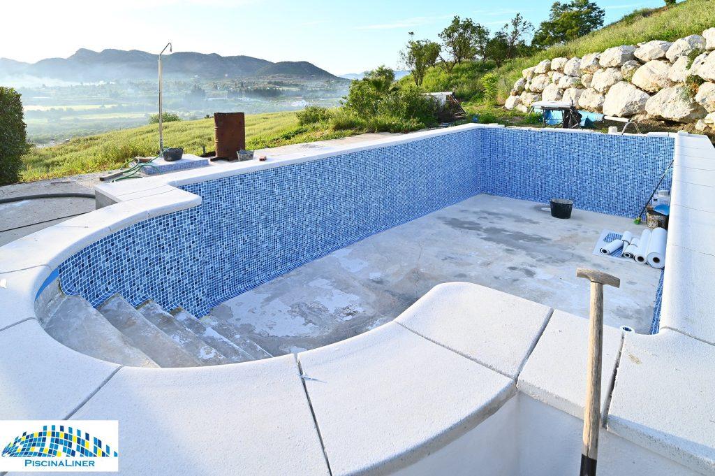 Cracked pool repair, Cartama
