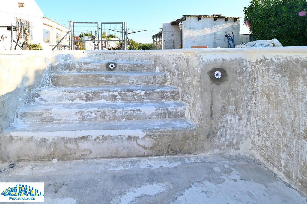 Leaking swimming pool repairs
