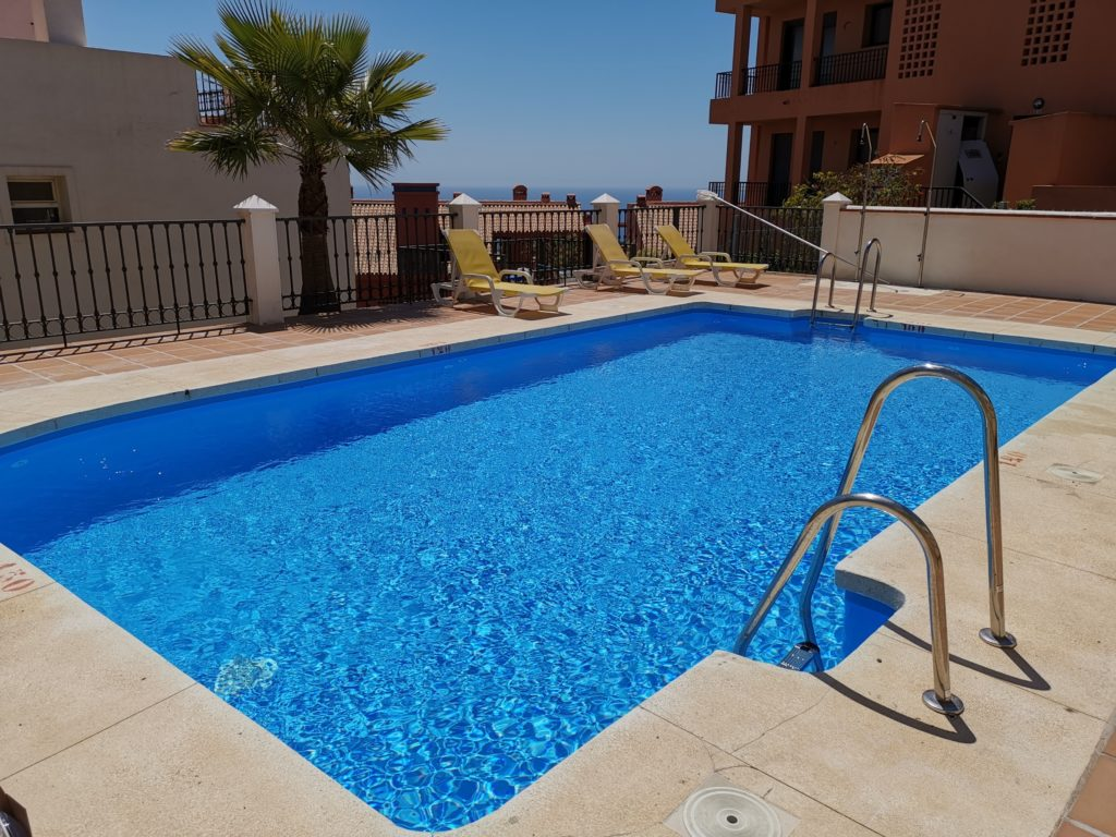 Calahonda urbanizacion pool reform