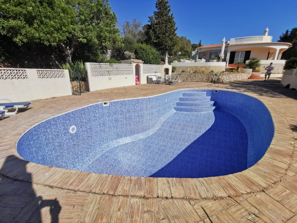Swimming pool renovation, Portimao, Algarve