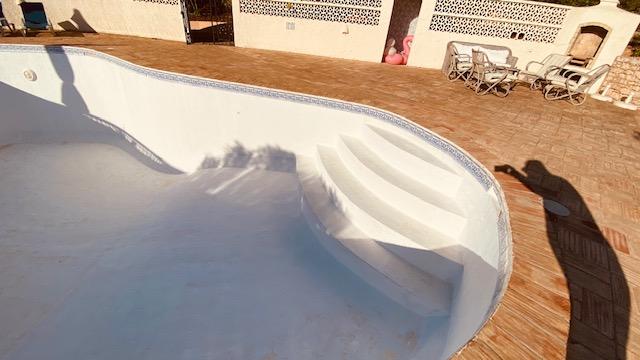 Polyester Pool repairs