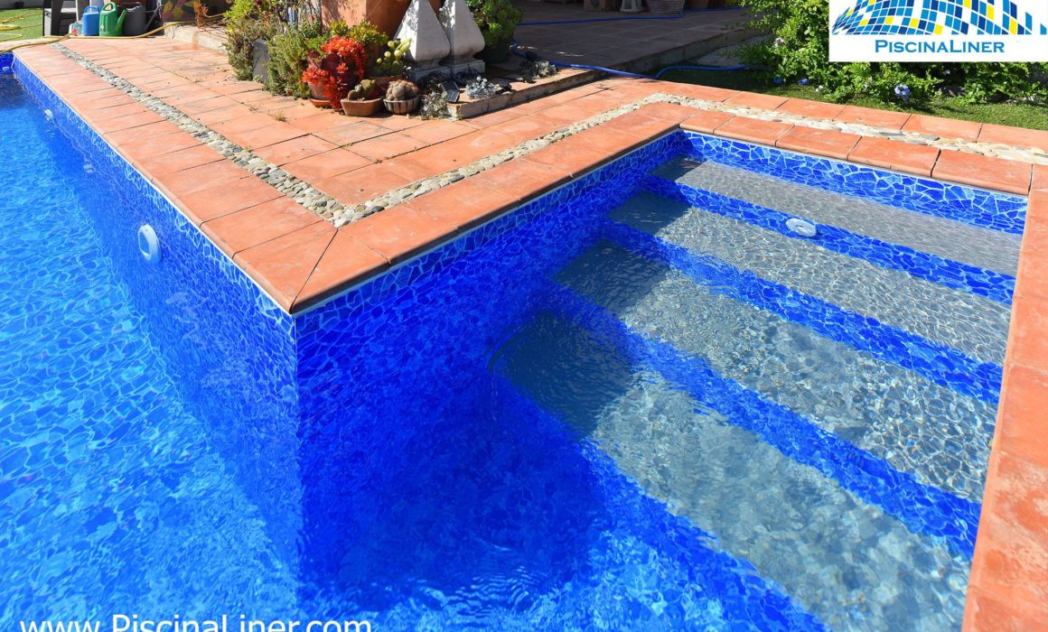 Installation of liner, cracked pool. Renolit AlkorPlan, Alozaina, Malaga