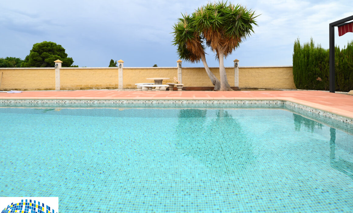 swimming pool refurbishment, Motril